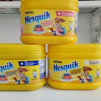 Bộ pha sữa Nesquik (Nestle)